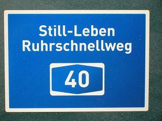 lebendiges Still-Leben am 18.07.2010 auf der A40