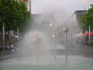 Wasserspiele in der Dresdner Innenstadt